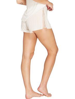 shorts-curto-com-aplicacao-de-renda-56703