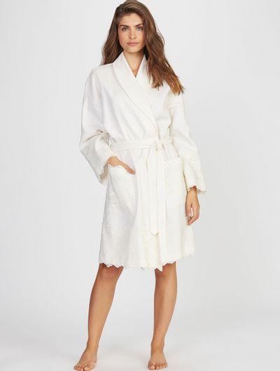 Robe-Curto-Bridal